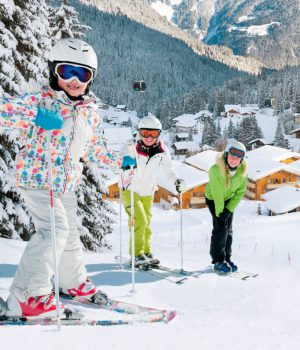 Familienfreundlicher Spaß im Schnee