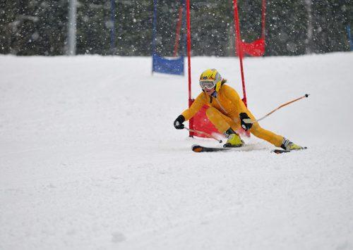 Skifahren: Technik durch Carving verbessern