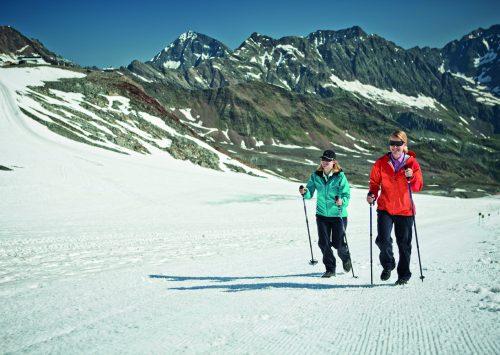 Gletscher, Sommer und Naturschauspiel